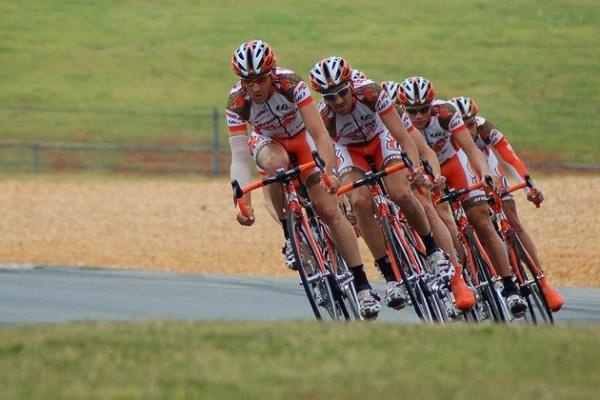 COVID-19 RETOUR DES CYCLISTES SOUS CERTAINES CONDITIONS