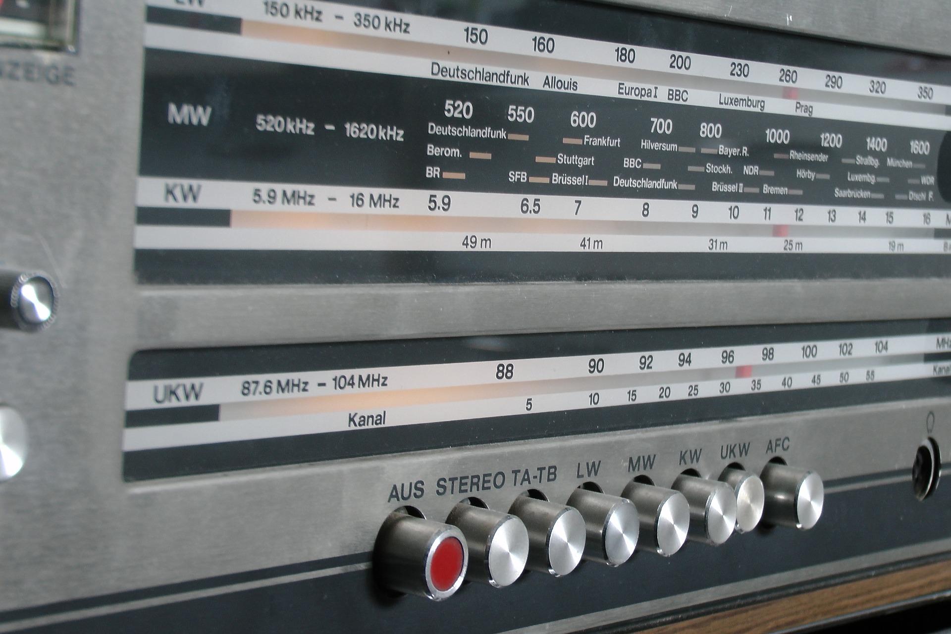 VOTRE RADIO DE PROXIMITÉ MOBILISÉE !!