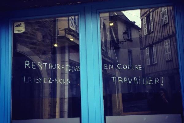 «Laissez-nous travailler»: le cri de Sophie, restauratrice à St-Yrieix la Perche.