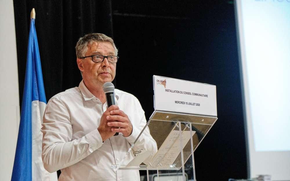 Allo! La Com'Com'! Philippe Bouty répond à nos questions en Charente-Limousine.
