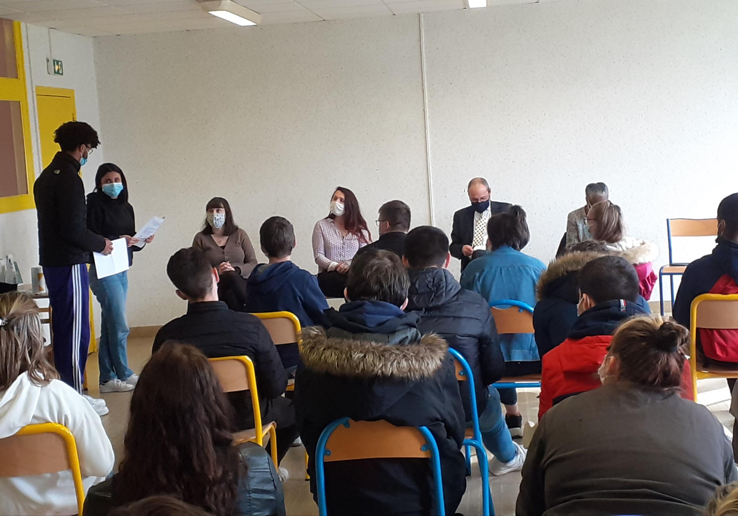 Egalité Femme Homme : des ateliers et une table ronde pour les élèves du Lycée Edouard Vaillant