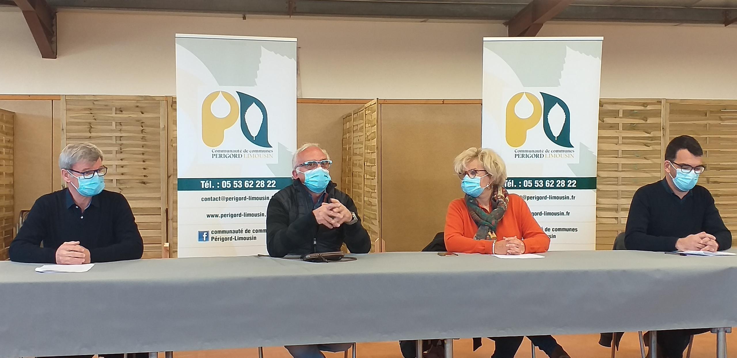 Dordogne : Les élus demandent un centre de vaccination à Thiviers pour rétablir l'égalité d'accès aux  soins.